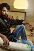 Vikram Latest Stills (26)