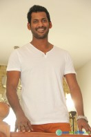 Vishal Interview Stills (4)