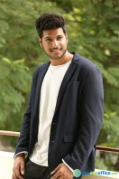 Sundeep Kishan Latest Photos (14)