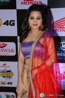 Reshma Rathore at Mirchi Music Awards South 2015 (6)