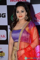 Reshma Rathore at Mirchi Music Awards South 2015 (7)