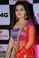 Reshma Rathore at Mirchi Music Awards South 2015 (9)