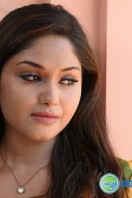 Shritha Sivadas Stills in Dum (2)