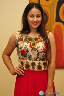 Simrath Juneja at Trendz Vivah Collection Exhibition (10)