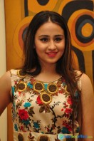Simrath Juneja at Trendz Vivah Collection Exhibition (11)