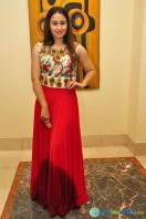 Simrath Juneja at Trendz Vivah Collection Exhibition (15)