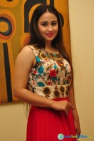 Simrath Juneja at Trendz Vivah Collection Exhibition (20)