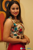 Simrath Juneja at Trendz Vivah Collection Exhibition (25)