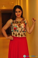 Simrath Juneja at Trendz Vivah Collection Exhibition (27)