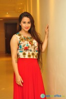 Simrath Juneja at Trendz Vivah Collection Exhibition (31)