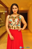 Simrath Juneja at Trendz Vivah Collection Exhibition (44)