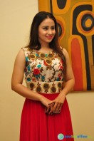 Simrath Juneja at Trendz Vivah Collection Exhibition (8)