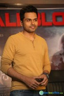 Karthi at Kashmora Success Meet (8)