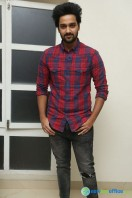 Sumanth Ashwin at Pelli Choopulu 100 Days Function (2)
