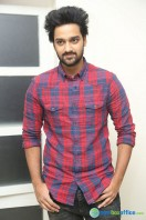Sumanth Ashwin at Pelli Choopulu 100 Days Function (7)