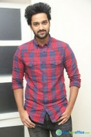 Sumanth Ashwin at Pelli Choopulu 100 Days Function (8)