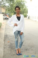 Tejaswi at Nenu Nanna Naa Boyfriends Trailer Launch (1)