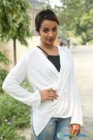 Tejaswi at Nenu Nanna Naa Boyfriends Trailer Launch (18)
