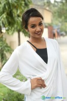 Tejaswi at Nenu Nanna Naa Boyfriends Trailer Launch (20)