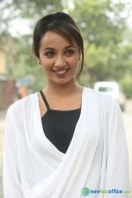 Tejaswi at Nenu Nanna Naa Boyfriends Trailer Launch (29)