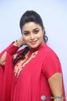 Poorna at Rakshasi Motion Poster Launch (33)