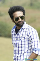 Shine Tom Chacko Stills in Pretham Und Sookshikkuka (12)