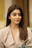 Shriya Saran Latest Photos (12)
