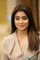 Shriya Saran Latest Photos (16)