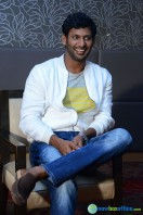 Vishal at Okkadochadu Promotion (14)