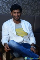 Vishal at Okkadochadu Promotion (16)
