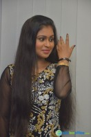 Nivedhitha at Vaanga Vaanga Team Interview (11)