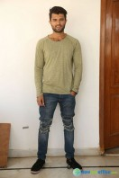 Vijay Deverakonda New Stills (1)