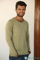Vijay Deverakonda New Stills (6)
