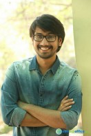 Raj Tarun Interview Stills (7)