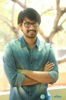 Raj Tarun Interview Stills (9)