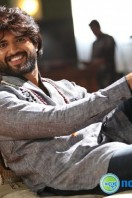 Vijay Deverakonda Stills in Dwaraka (6)