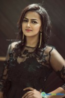 Shraddha Srinath Photoshoot (17)